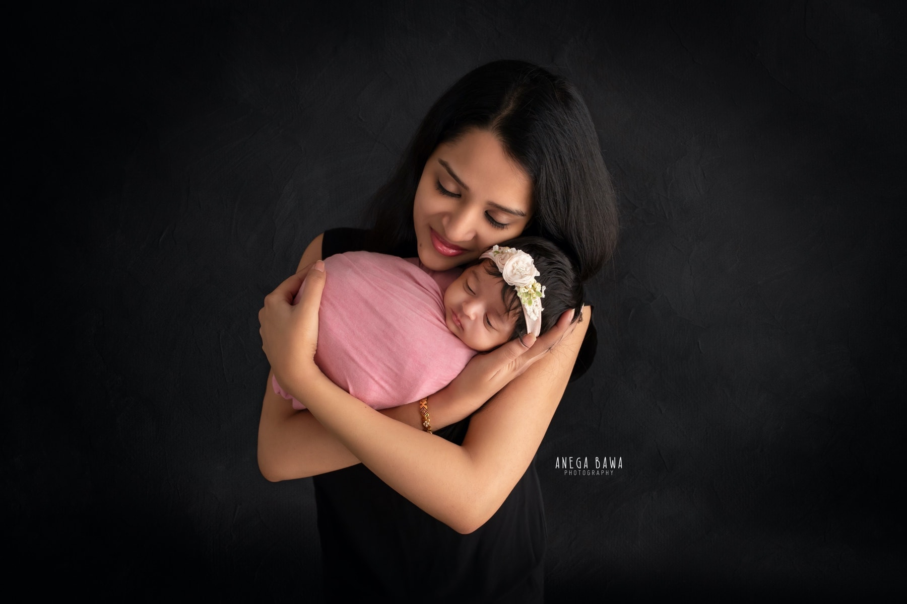 black pink mother and baby photography delhi 9 days baby girl photoshoot gurgaon anega bawa