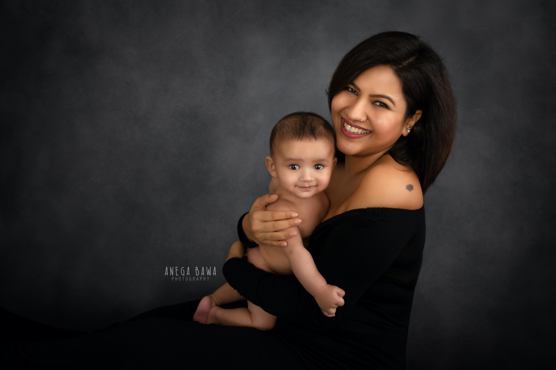 black mother and baby photography delhi 3 months baby boy photoshoot gurgaon anega bawa