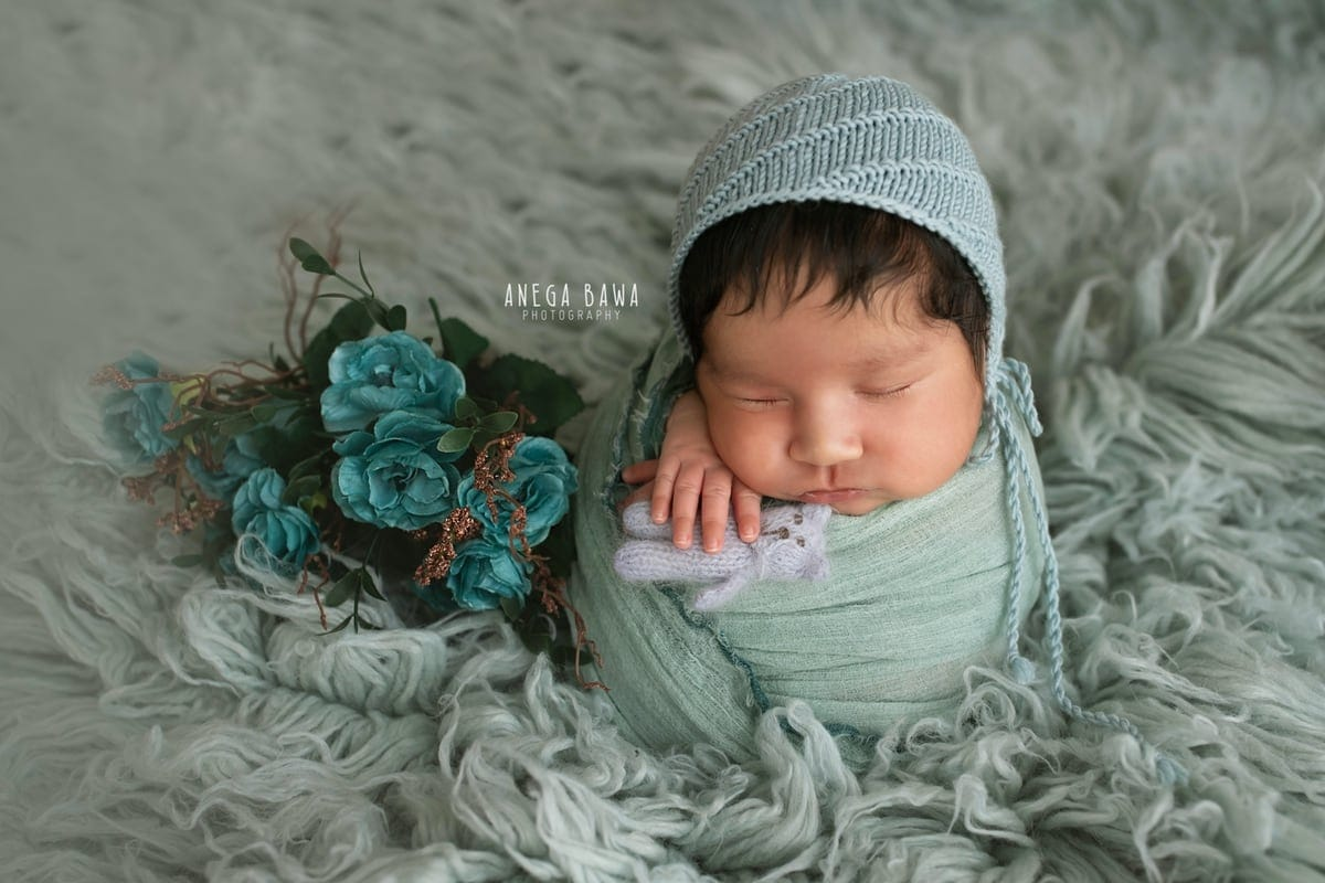246201-blue-background-teal-wrap-newborn-photography-delhi-21-days-baby-photoshoot-gurgaon-anega-bawa