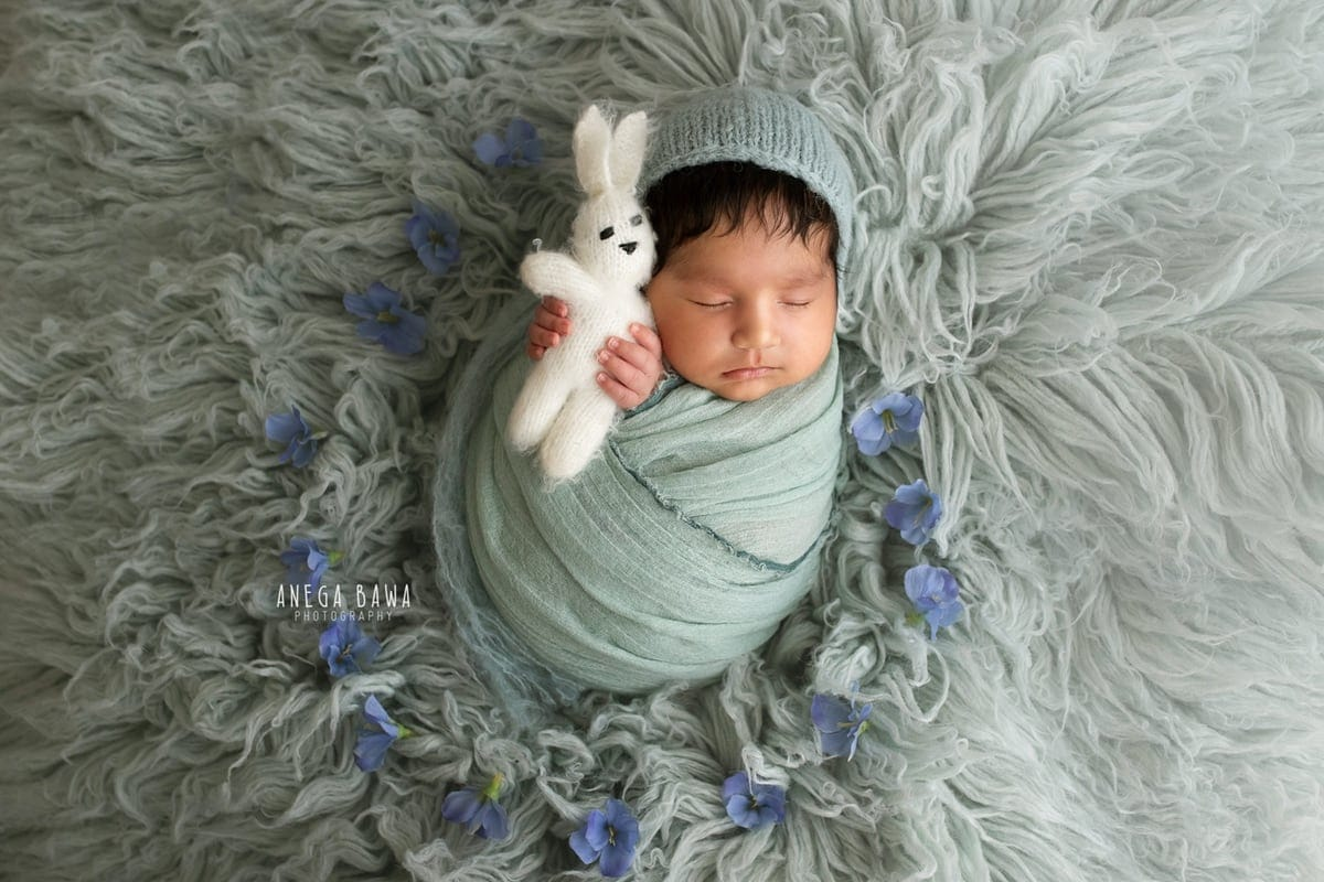 246204-blue-background-teal-wrap-newborn-photography-delhi-21-days-baby-photoshoot-gurgaon-anega-bawa
