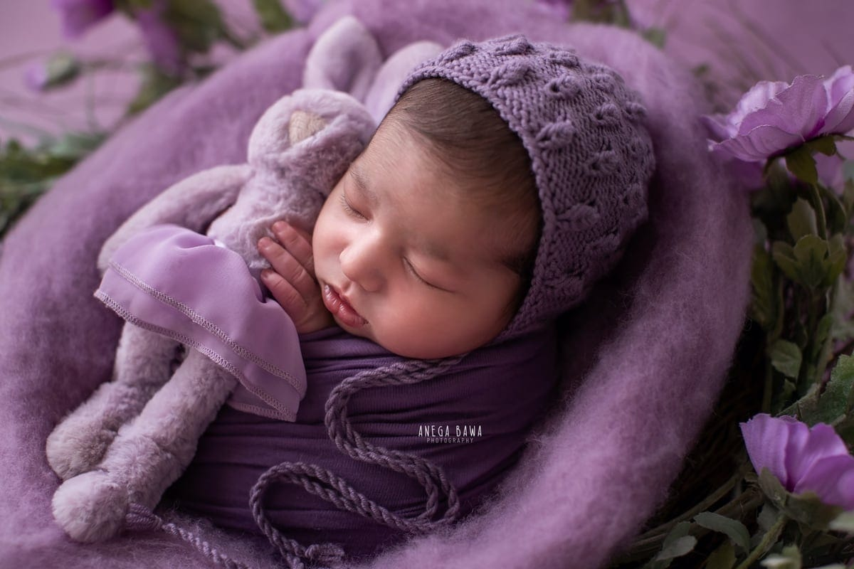 249703-purple-background-lavender-floral-newborn-photography-delhi-14-days-baby-photoshoot-gurgaon-anega-bawa