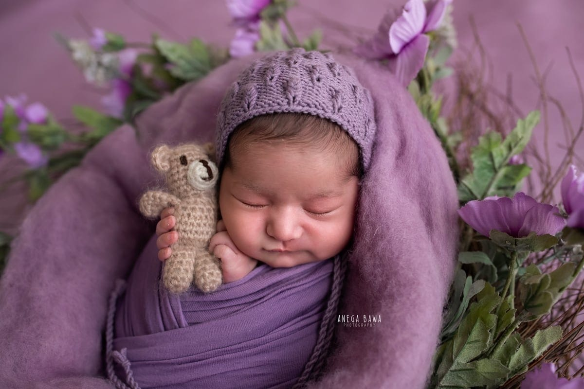 249706-purple-background-lavender-floral-newborn-photography-delhi-14-days-baby-photoshoot-gurgaon-anega-bawa